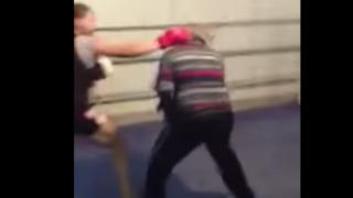 元ボクサー(60歳)にフルボッコにされる現役総合格闘家(動画)