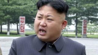 【北朝鮮】女に囲まれハーレム状態 ニッコニコの金正恩氏をご覧ください