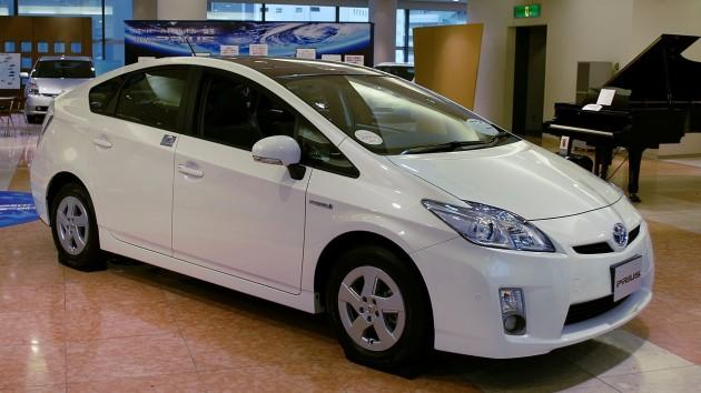 wpid-1280px-2009_Toyota_Prius_01.jpg