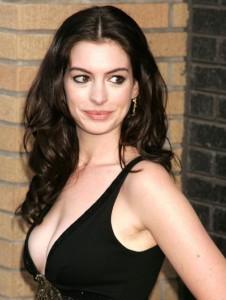 Anne-Hathaway-e1423145300579