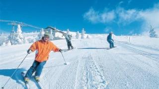 【画像】マンションの屋上にスキー場つくんぞwwwwww / カザフ首都