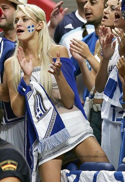 Greece-fans-2012-6