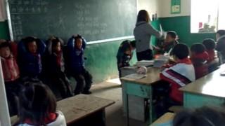 恐怖の体罰教室 女教師から体罰を受ける子供たち 動画がネットに晒され大炎上 / 中国