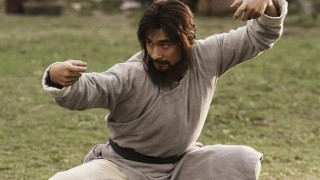 世界カンフー王者決定戦で中国人がムエタイトップ戦士を撃破=武林風 (動画アリ)