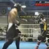 ボディビルダー 対 総合格闘家の試合をご覧ください(動画)