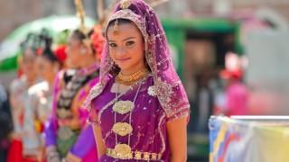 世界の美しい民族衣装 ※画像50枚※ 一番かわいい民族衣装はどこだ