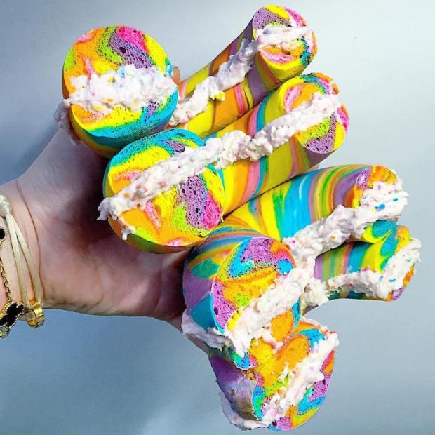 wpid-rainbow-bagels.jpeg