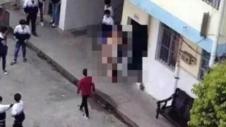 全裸教師が学校内で女子生徒を襲う決定的瞬間<画像>現場写真がネットで公開され市民震撼-中国
