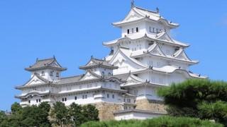 世界遺産の姫路城がラブホみたいに<動画像>景観台無しプロジェクションマッピングに姫路市民震える