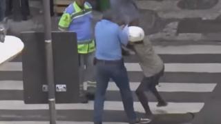 ひったくり天国 ブラジル路上の監視カメラ映像がヤバすぎる<定点観測動画>オリンピック観に行く人はお気をつけて(´・ω・`)