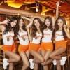 ムチムチ美人店員が踊るレストランHOOTERS(フーターズ)でミスコン開催 ※動画像※