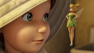 耳が聴こえない少女とティンカーベル ディズニースタッフの神対応<動画像>嬉しそうな少女の笑顔がいいね