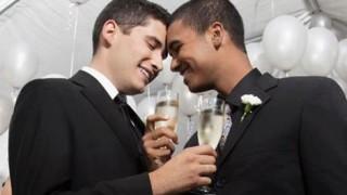友人に自分が同性愛者なのがバレた!悲しすぎる友人の反応