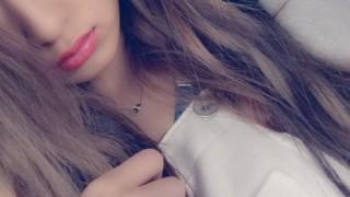 最近の女子高生(17歳)の色気<画像>化粧濃すぎだろ さすがに・・・(´・ω・`)