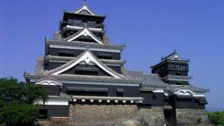熊本城から白煙 石垣倒壊 <被害画像>熊本地震 県内で死亡者4人、重傷者126人に