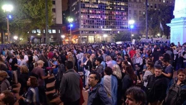 plaza_de_mayo_protest_.jpg_1718483346