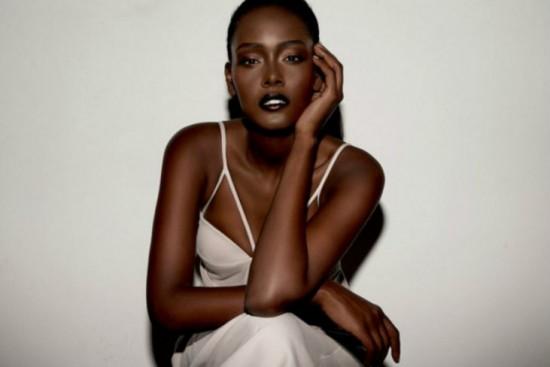 黒人超絶美女-1