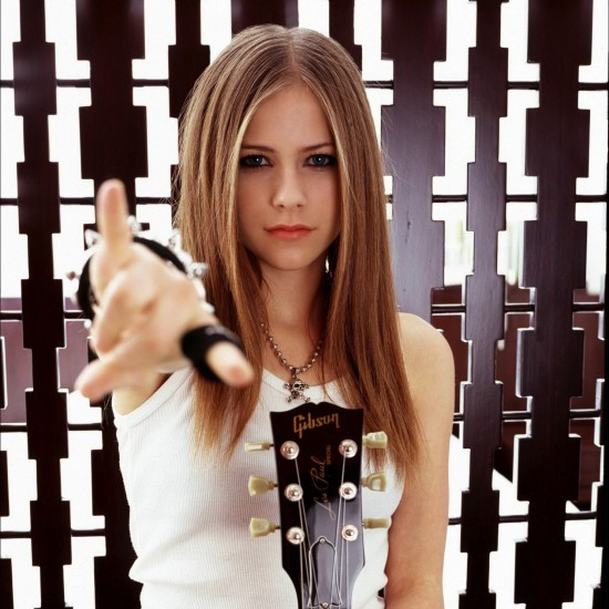 Avril-Lavigne-2002-LG