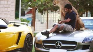 中東の大金持ちに流行中の車<画像>富豪だから許されるこのセンス(´・ω・`)