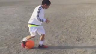 華麗なドリブルテクを持つ小学3年生が話題<サッカー動画>この足さばきそんな凄いの(´・ω・`)