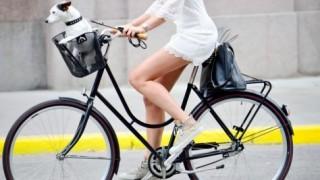 【当たり屋女子】チャリンコ乗った女子大生が信号無視でタクシーに衝突した結果