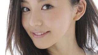 この美人モデルさん なんでこんなHな格好でチャリ乗るん(´・ω・`) 朝比奈彩さん動画像