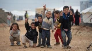 IS戦闘員が居る前で4歳娘を𠮟ってしまった母親と少女の末路