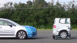 自動ブレーキは本当に止まる? 「必ず止まります」 運転支援システムの安全性