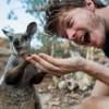 特技は動物との自撮り!男性と動物のベストショット<画像50枚>動物たちの表情が凄く(゚▽゚*)イイ!!