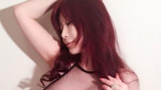叶美香さん露出狂の疑い<画像>ブログにアップしてる写真がほとんど裸な件