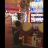 太鼓の達人で神業プレイ披露するおじちゃん<GIF・動画>凄いんだけど笑えるwww