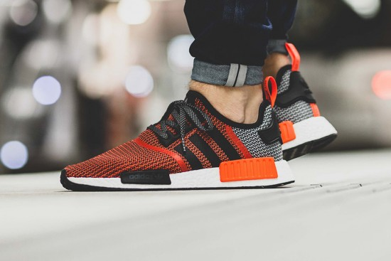 adidas-nmd-r1-original-boost-runner-lush-red01