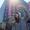 【悲報】北の狂犬SEALDsほなみちゃん イチゃつく高校生カップルの邪魔をする