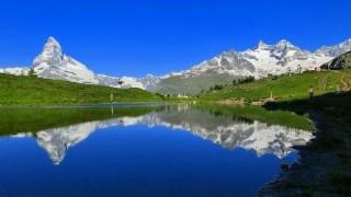 世界初スイスの屋根のないホテルが話題<画像>部屋ってなんだっけ・・・
