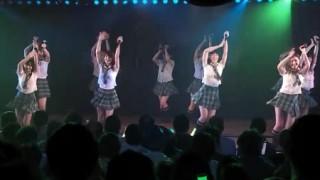 14歳中学生AKBメンバー胸元ボタン外れポロリ気づかず踊り続ける放送事故 ※画像とGIF※ 達家真姫宝(たつやまきほ)ちゃんライブでハプニング