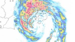 中央道がスイミングプールに<動画とGIF>昨日の台風直撃した中央道の様子がガチでヤバい
