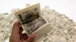 韓国で1億円の金買ってきて日本で売ると800万円儲かる
