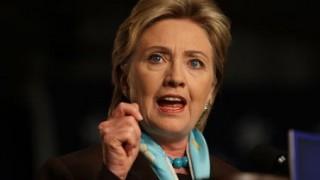 おかしすぎるヒラリー氏の様子にてんかん発作疑惑<動画・GIF>米大統領選