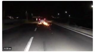 DQNのローダウン車 超えちゃいけないラインを突破 →動画とGIF