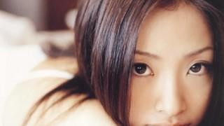 上戸彩さん乳揺れGIF画像とHIROと1歳娘とのほのぼの3ショット