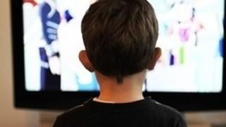 最近テレビがつまらなくなった理由あげてけ →テレビ局員「視聴者からすぐ苦情が来るから」