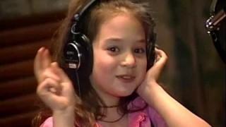 子役美少女がビキニ姿で成長した胸の谷間を披露<画像>瑛茉ジャスミン(近藤エマ)ちゃん美しく成長