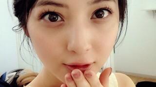 佐々木希にそっくり激似 美人すぎる医学生モデル「能見真優華」が話題