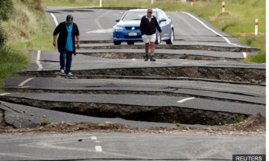 new-zealand-hit-by-aftershocks-after-severe-earthquake-5