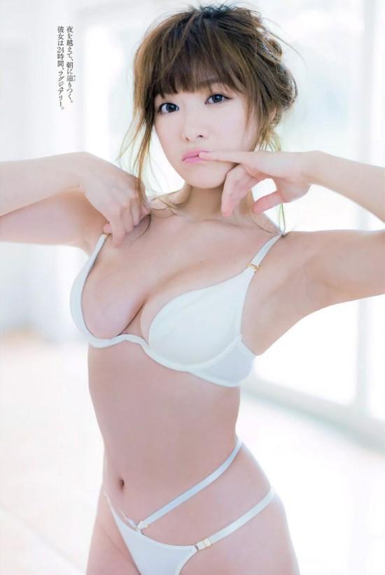 http://www.b-idol.com/