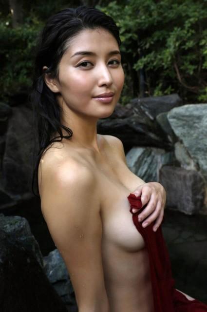 hashimoto_manami_004-425x640