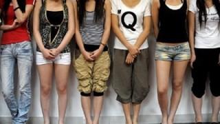 中国の売淫婦たちが大観衆の前で公開処刑 →画像