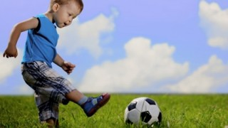 【悲報】サッカーで正式に魔法の使用が禁止に