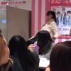 女オタクさん大暴れ 怒りの長渕キックで会場破壊<動画>原宿アイドル特典会で事件が発生