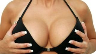 豊胸手術を受けた女性の恐ろしい末路…偽乳疑惑の芸能人たち